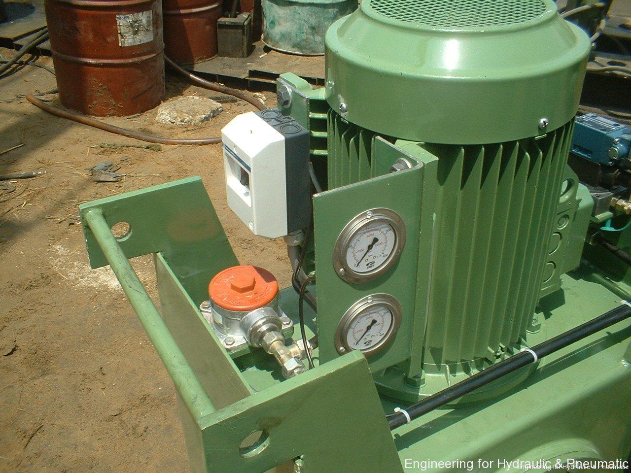 Hydraulic power pack14